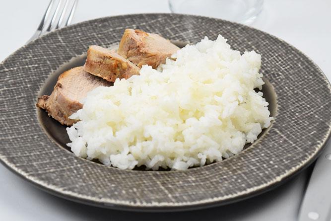 Filet mignon de porc et riz blanc sans gluten