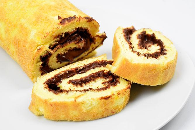 Roulé à la pâte à tartiner au chocolat sans gluten