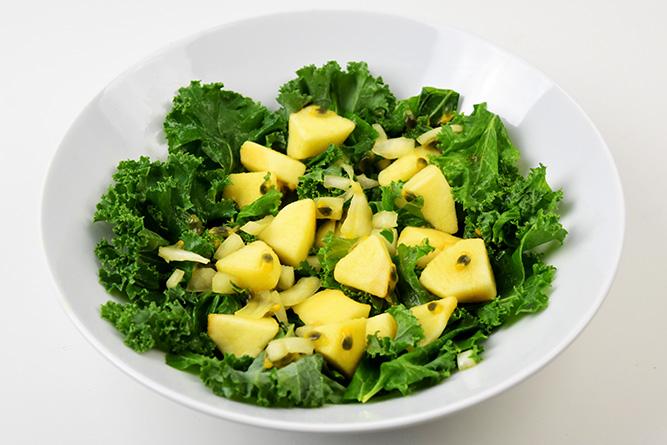 Salade chou kale et fruit de la passion sans gluten