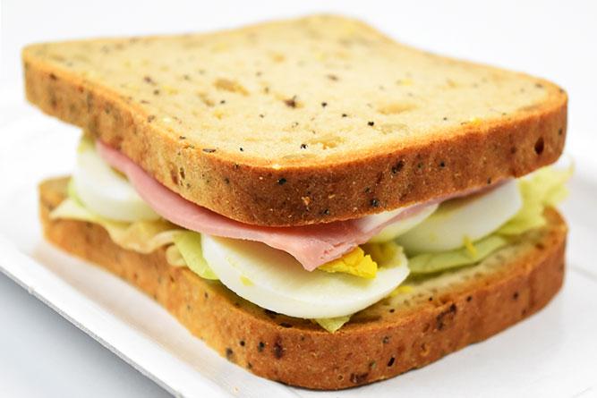 Sandwich jambon oeuf sans gluten