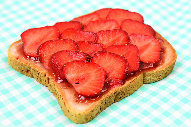 Tartine à la fraise sans gluten